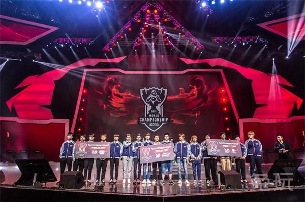 LOL四周年庆典落幕 全球总决赛中国队三强出炉