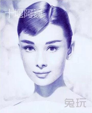 网友用圆珠笔作画 电影系列堪比海报