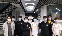 SN赛后群访 huanfeng:发育发育着就赢了
