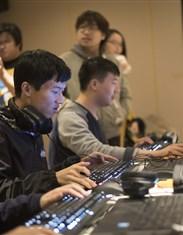 京东电脑数码电竞巅峰之旅Day2:燃烧电竞之魂 对战JDG战队!(2)