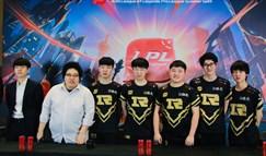 RNG赛后群访 Xiaohu:救赎是对下路的关爱