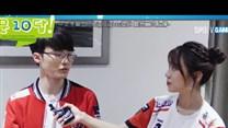 Bang采访秀小学生英语 李哥称只有LOL让我快乐