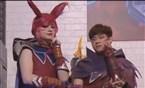 全明星赛:Sneaky和Bang霞洛COS登场亮相