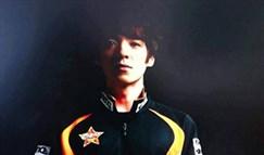 SKT教练Kkoma晒职业选手时期照片 意图征婚?