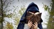 外服玩家精致COS欣赏:年轻巫师学徒卡德加