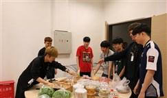 "LOL洲际赛KING-ZONE DragonX战队受到粉丝""超强BUFF""加成!"